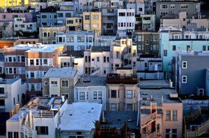 גובה גדר הפרדה בין שכנים