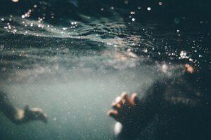 היתר לבריכה עילית