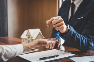 שכר טרחה עורך דין מכירת דירה